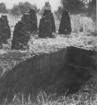 De gewonnen turf werd op turfmijten te drogen gelegd. De kuilen die ontstonden bij ongeplande winning noemt men ook wel 'boerenkuilen'.